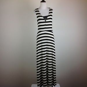 Monteau Dress Women Medium Maxi Black White Stripe